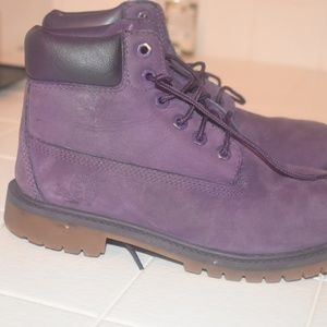 Big kids Timberlands (used) tims need tim cleaner